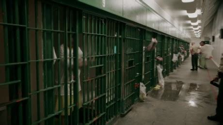 Inside the largest jail system in the country - CNN Video