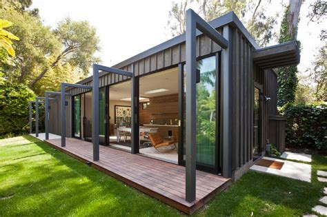 Stunning Shipping Container House Design Ideas - Style