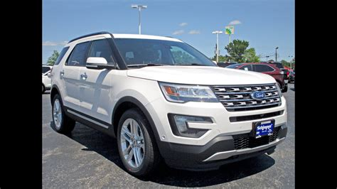 2016 Ford Explorer Limited 4WD - Review - Walk Around