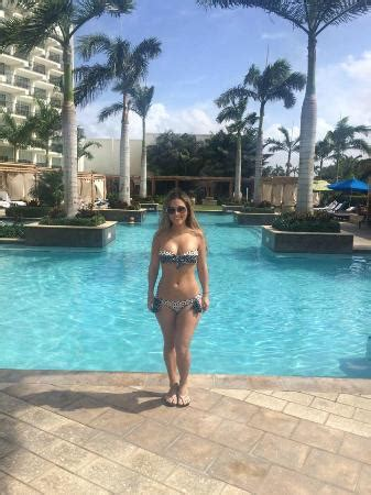 Adults Only Pool - Picture of Aruba Marriott Resort