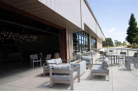 The Wineries of 46 East Paso Robles - Broken Earth Winery